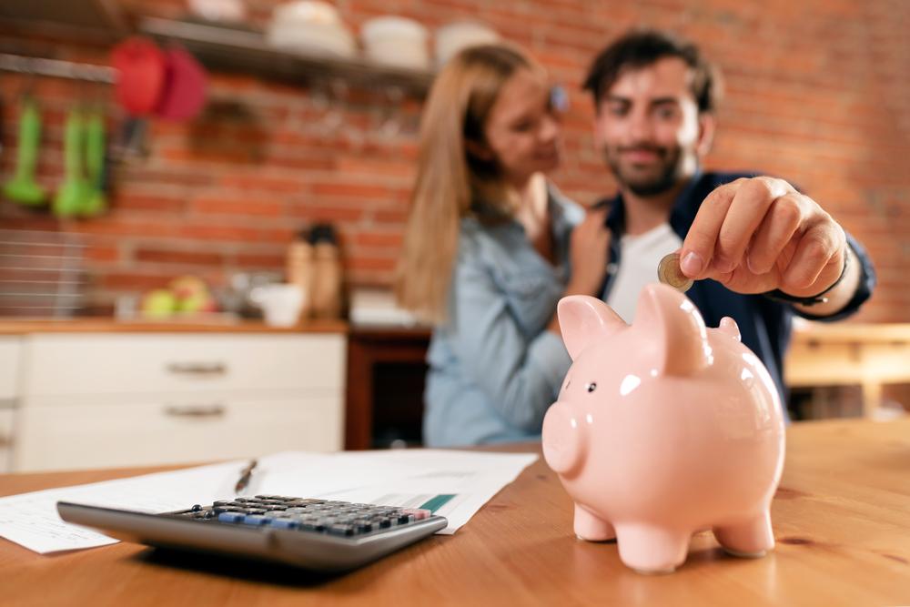 We dwoje łatwiej o kredyt mieszkaniowy, ale na jaki kredyt nas stać – podpowie Analizator kredytowy BIK