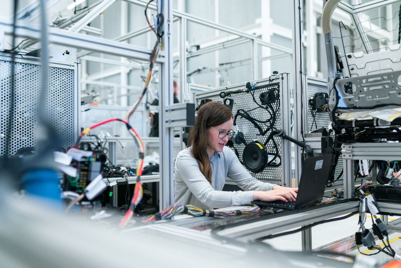Najbardziej poszukiwani inżynierowie na rynku pracy ‒ prognoza na 2021 rok